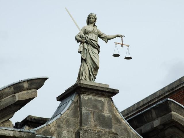 Justizia am Dublin Castle