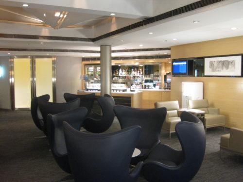 United First Class Lounge Hong Kong