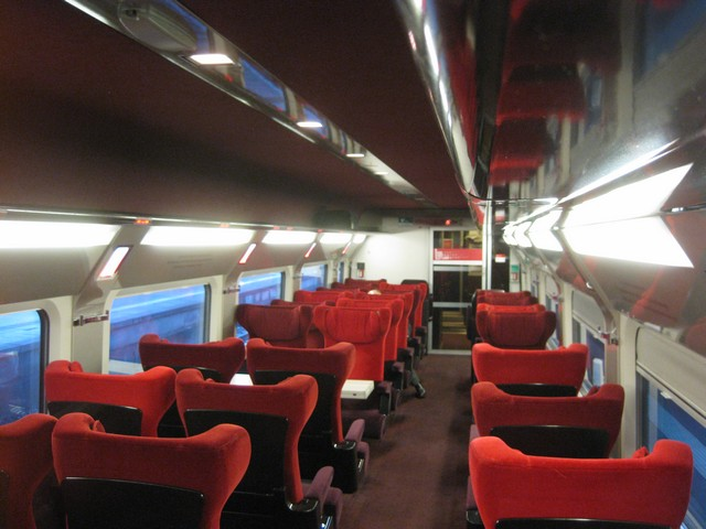 Thalys Comfort 1 Wagen in 2 - 1 Bestuhlung