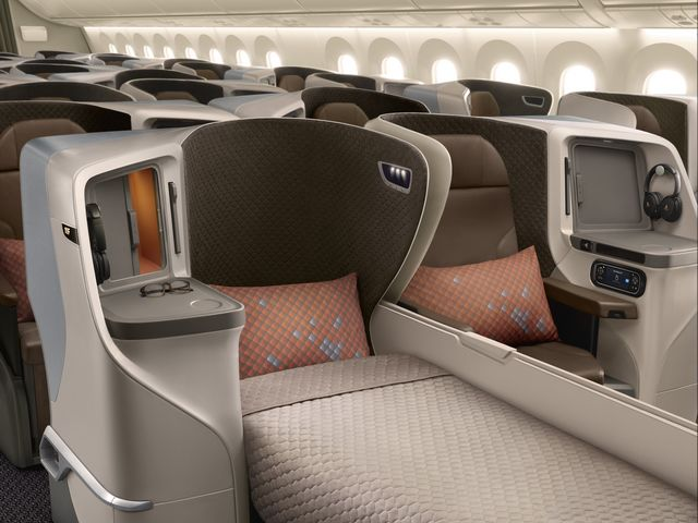SQ Business-Class (Boeing 787-10)