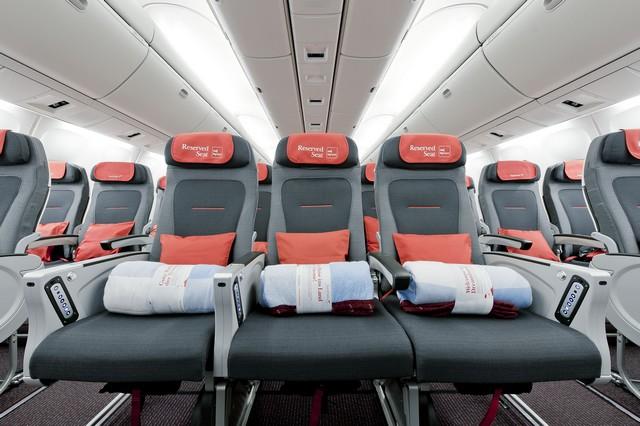 OS Economy-Class (Boeing 777-300ER)
