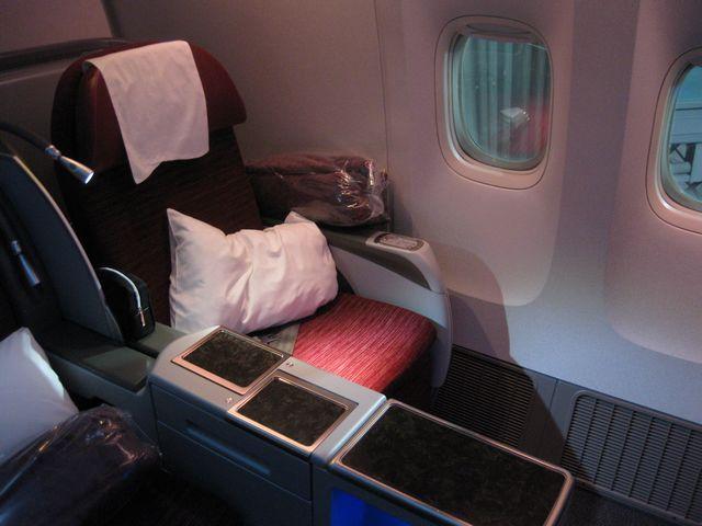 QR Business-Class (Boeing 777
