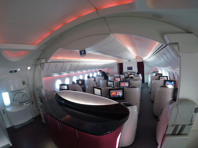 QR Business-Class (Boeing 787-8)