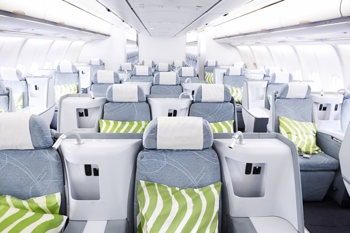 AY Business-Class (Airbus A330-300)