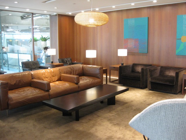 Cathay Pacific Business Lounge / MH785 BKK-KUL