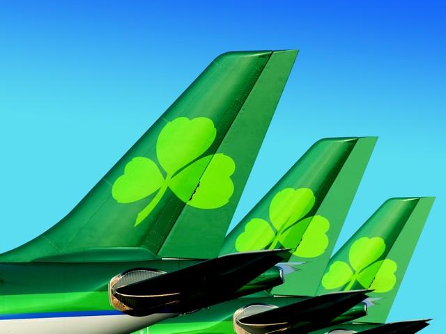 Air Lingus Tails