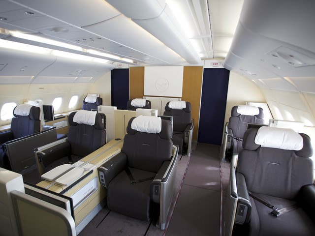 LH First-Class (AIrbus A380-800)