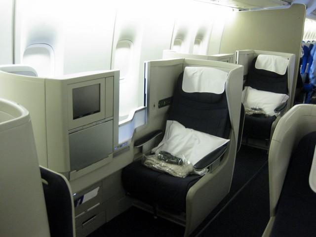 BA Business-Class (Boeing 747-400)