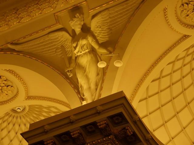 Justitia im Parlament von Melbourne