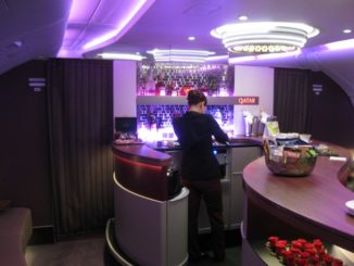 QR Business-Class - Barbereich (Airbus A380-800)