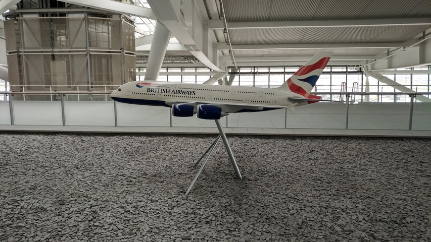 BA 380 Modell in Terrace Lounge