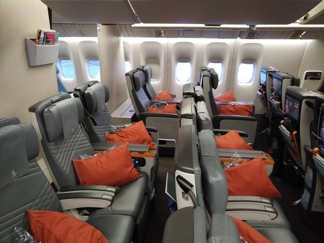 SQ Premium-Economy-Class (Boeing 777-300ER)