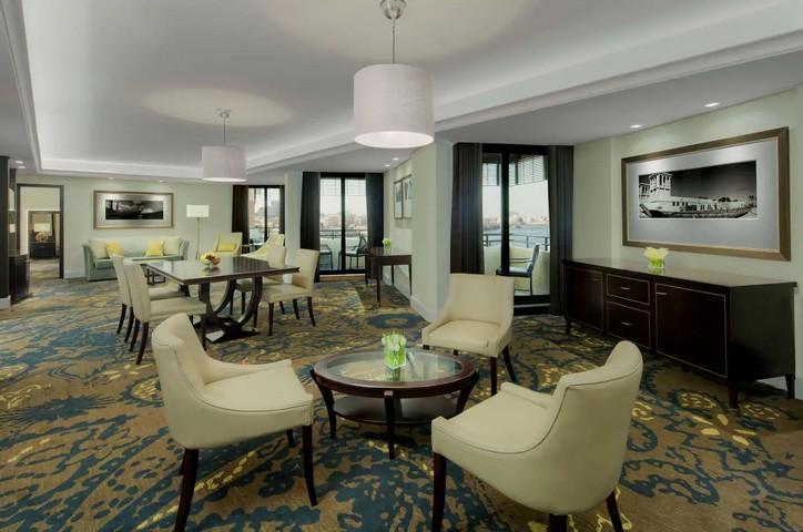 Grand Suite im Radisson Blu Hotel Dubai Deira Creek