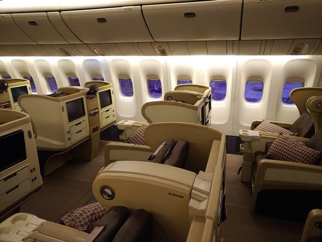 SQ regionale Business-Class (Boeing 777-300ER)