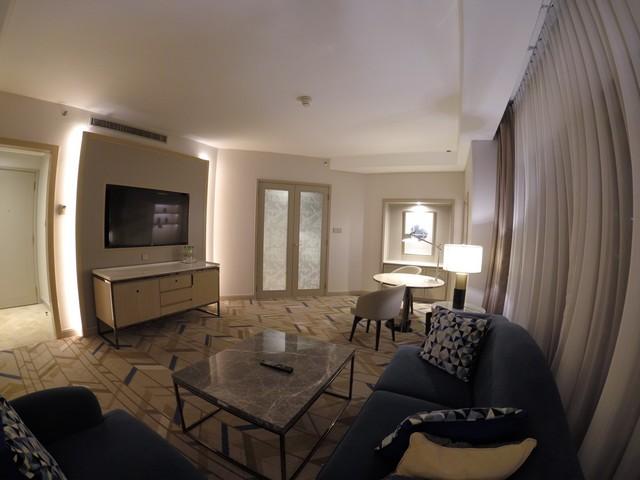 Wohnzimmer einer Suite im Sheraton Imperial Kuala Lumpur