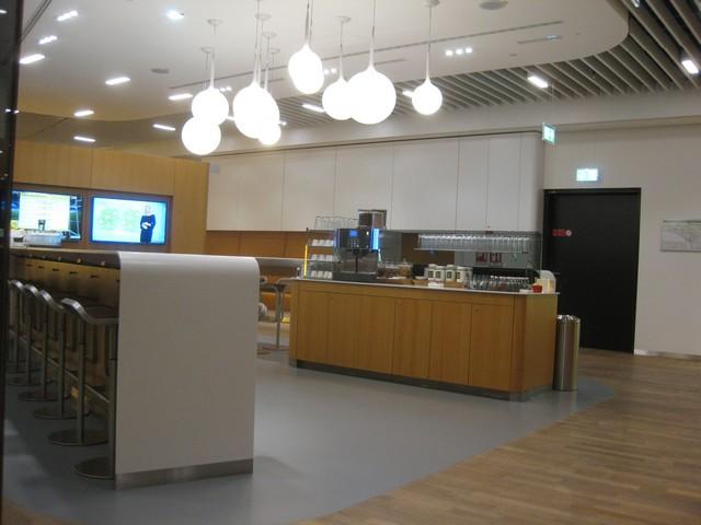 Senator / Star Gold Lounge / LH778 FRA-SIN