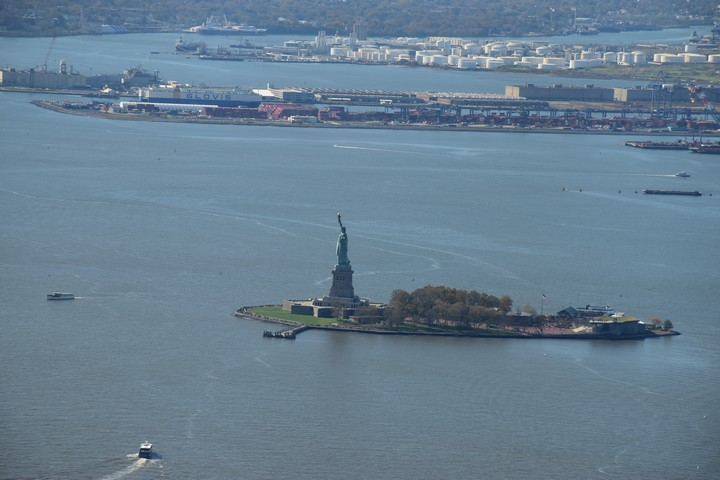 Statue of Liberty - gesehen vom One WTC Observatory Deck