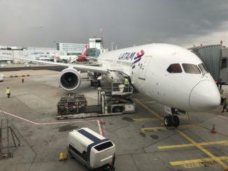 LATAM Boeing 787-9