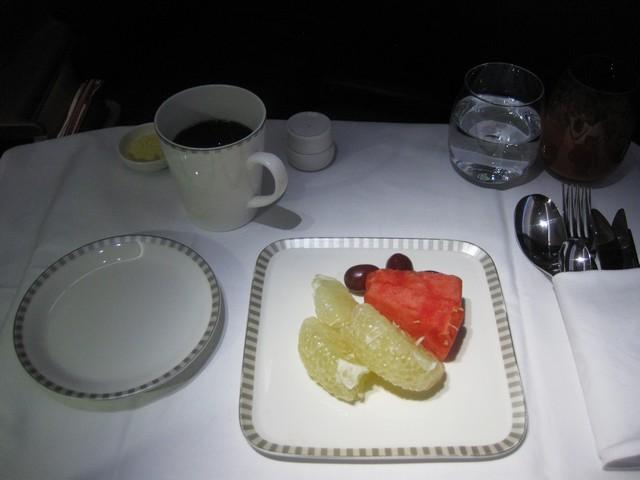 Frühstück (Früchte) Business-Class / SQ356 SIN-MXP