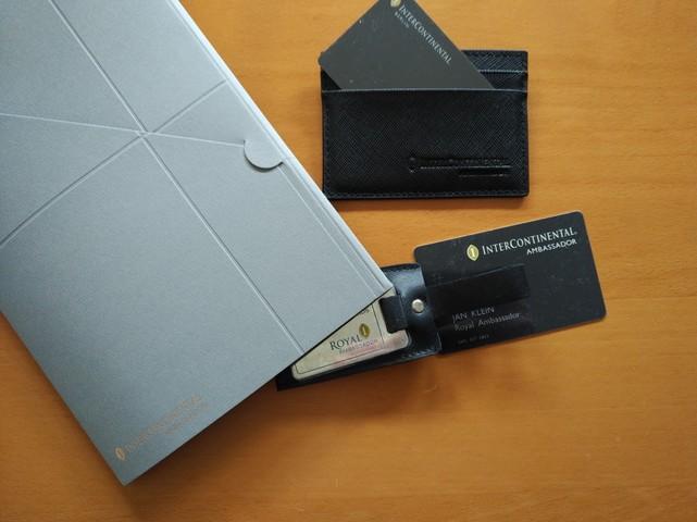 IHG Royal Ambassador Karte und Kofferanhänger