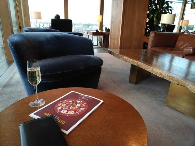Cathay Pacific First Lounge / AA101 LHR-JFK