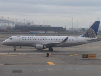 United Airlines Embraer 175LR
