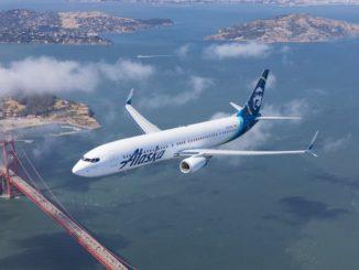 Alaska Airlines Boeing 737 über der San Francisco Bay