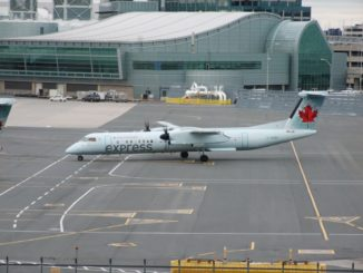 Air Canada Express Dash 8-400