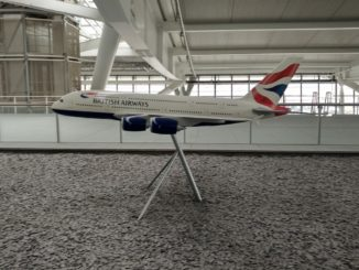 BA 380 Modell in der British Airways Terrace Lounge in London Heathrow Terminal 5