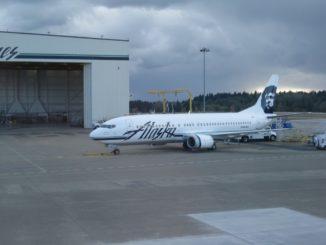 Alaska Airlines Boeing 737-400