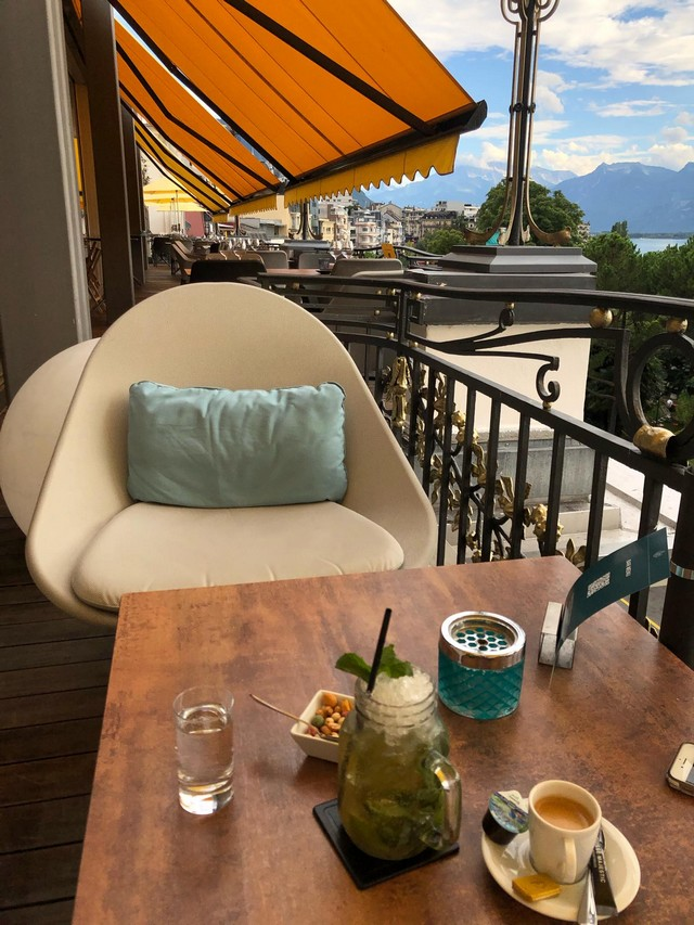 Terrasse des Grand Hotel Suisse Majestic Lausanne