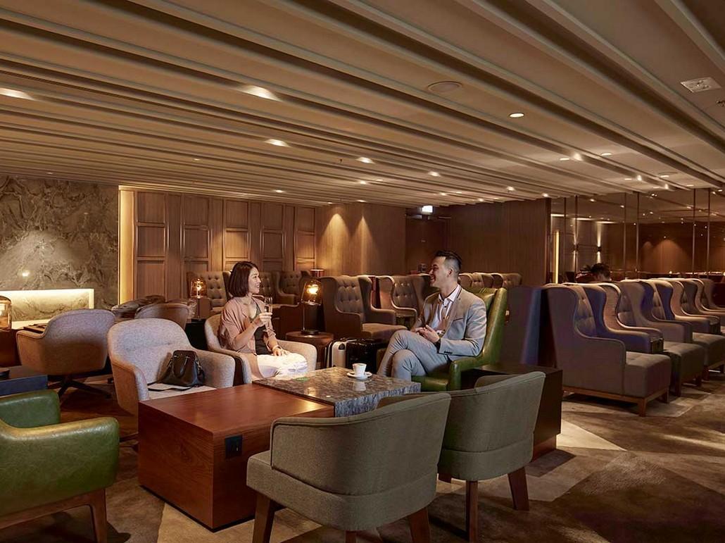 Plaza Premium First Class Lounge in Hong Kong